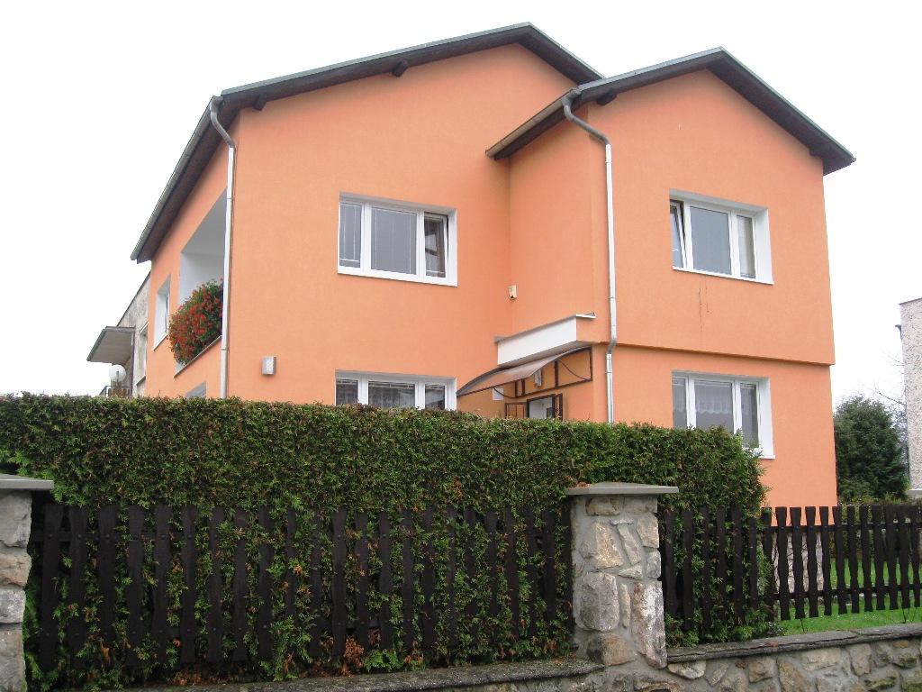 Rodinný dům 7+2+2G Dobřichovice,
