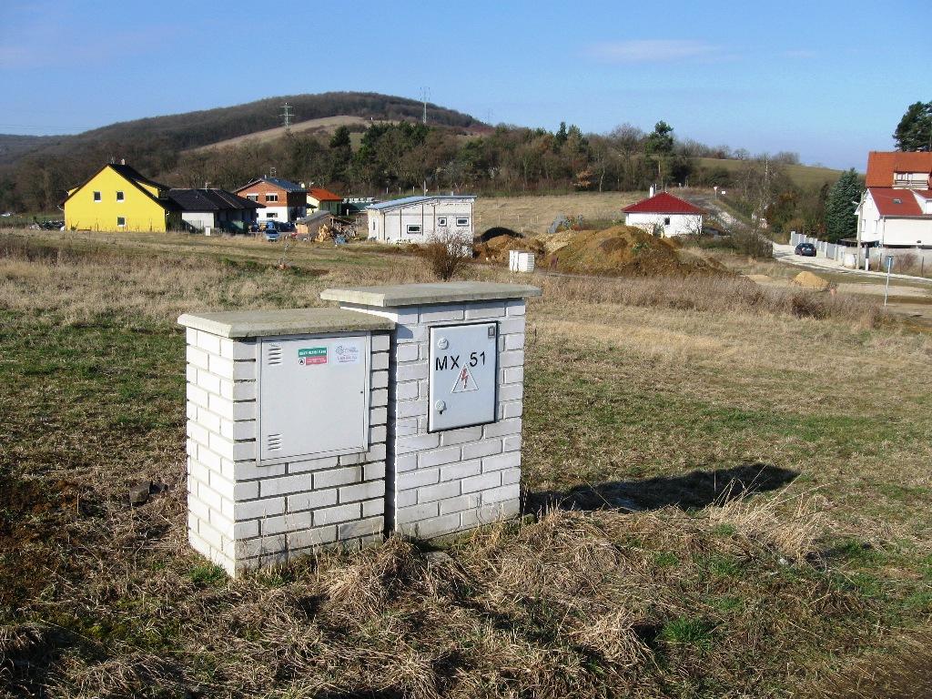Pozemek 1019m Liteň, připravený pro stavbu RD