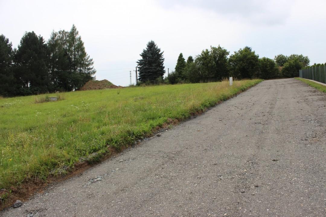 Pozemek 2025m2 Stříbrná Skalice pro stavbu RD na okraji městečka