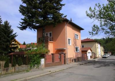 Rodinný dům 4+1+G Beroun velká zahrada a garáž pro 2 auta