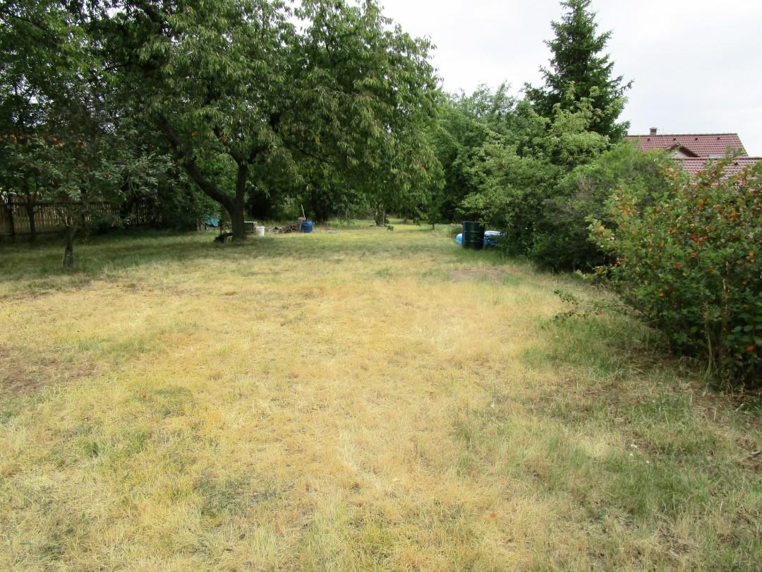 Pozemek 1210 m2 Lhota okres Kladno pro stavbu rodinného domu