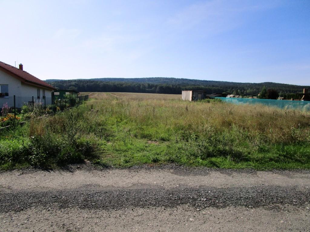 Pozemek 1308 m2 Skuhrov – Hatě pro stavbu rodinného domu